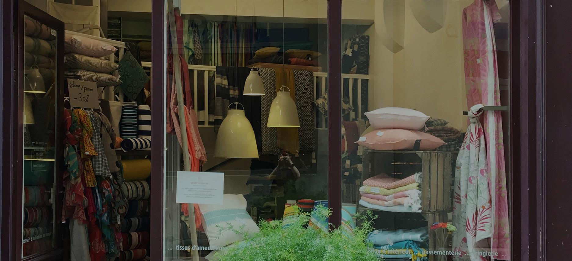 maison bouquieres toulouse tissus d 39 ameublement et d coration maison de bouqui res. Black Bedroom Furniture Sets. Home Design Ideas